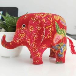 Boneka Gajah Besar